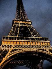 eiffel tower sunlight paris france